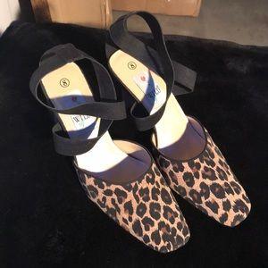 Wild Roose Cheetah heel